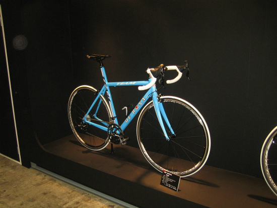 CYCLE MODE 2011 024.jpg